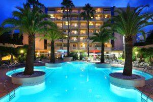 hotel-pessah-vue-piscine